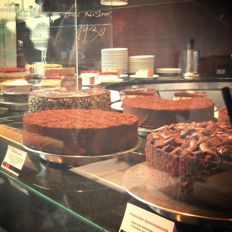mmmmmm cake....