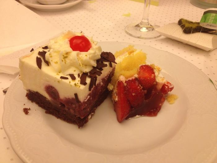 wedding cake and Schwartzwald cake yummmmm!!!
