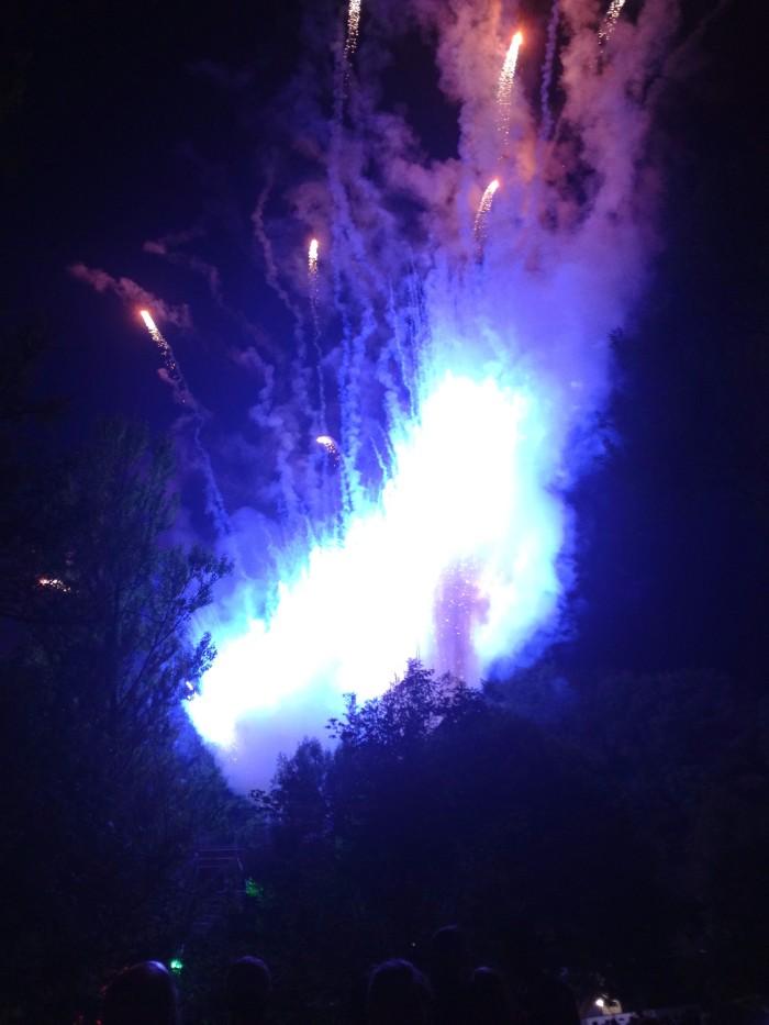 ooooooooo more Fireworks!!!!