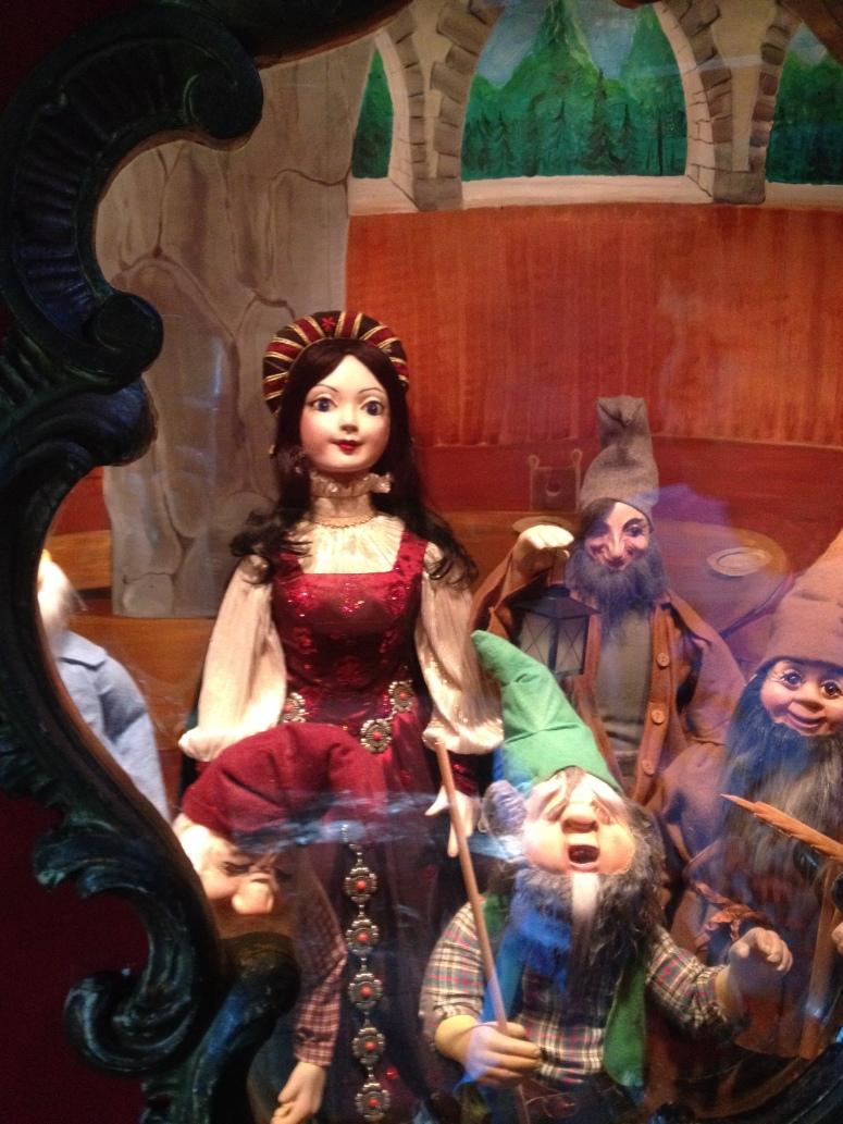 Schneewittchen = Snow White