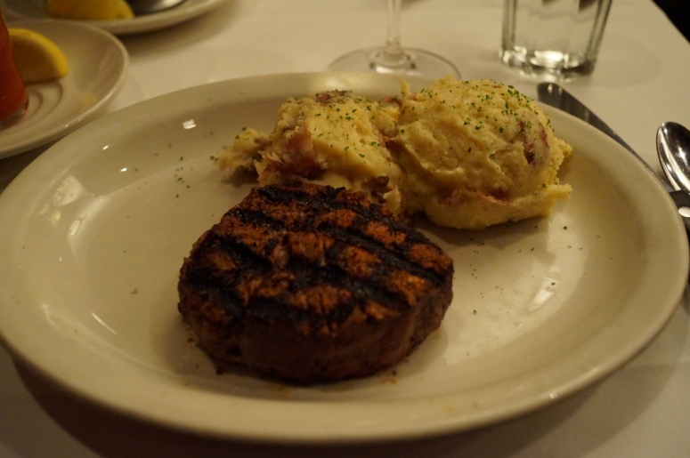 I had an 8 oz Filet Mignon